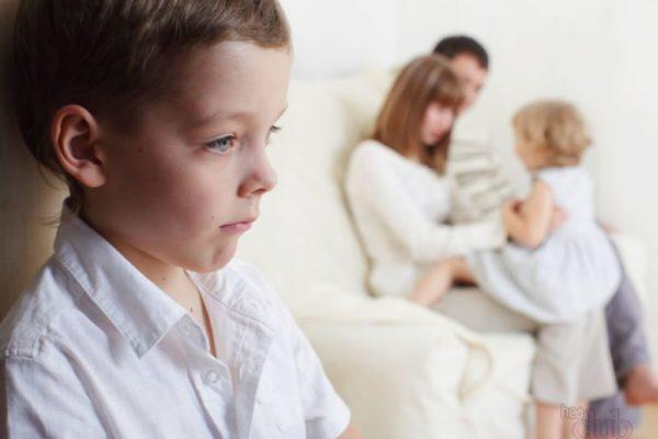 Причины, почему дети не слушаются