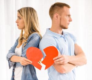 кризис одного года отношений